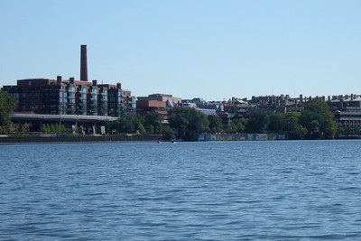 View down river to Georgetown. (Image taken with FinePix F10 at ISO 80, f7.1, 1/320 sec and 24mm)