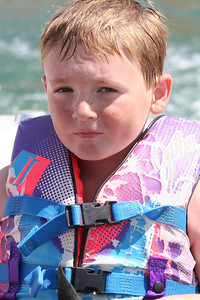 We visited the Roth family our first weekend in California, spending Saturday at Lake San Antonio where the kids rode the innertube and Nathan demonstrated his mastery of the wakeboard. (Image taken with Canon EOS DIGITAL REBEL XT at ISO 400, f7.1, 1/1250 sec and 75mm)