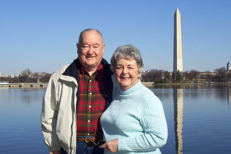 Grady and Mary Clare in front of the Washington Monument. (Image taken with KODAK EASYSHARE C653 ZOOM DIGITAL CAMERA at ISO 80, f5.6, 1/640 sec and 9.4mm)