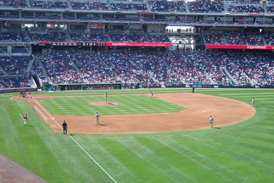 The Lounsbury family invited us to a Sunday afternoon game to see the Washington Nationals play the San Diego Padres. Unfortunately, the Nats lost 6 to 2. We still had a great time though and Christopher almost caught a ball from the right fielder who tossed it into the stands after warming up between innings. (Image taken with FinePix F10 at ISO 100, f3.4, 1/340 sec and 12.2mm)