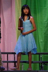 Cati. Taylor Elementary 5th Grade Graduation (15 Jun 2009) (Image taken with Canon EOS 20D at ISO 1600, f2.8, 1/400 sec and 155mm)