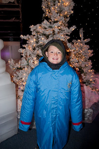 Christopher enjoying the day before Christmas at Gaylord National's ICE! (24 Dec 2009) (Image taken by Patrick R. Kane on 24 Dec 2009 with Canon EOS 20D at ISO 400, f4.0, 1/60 sec and 17mm)
