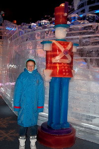 Sydney with a toy soldier made of ice at Gaylord National's ICE! (24 Dec 2009) (Image taken by Kathy T. Kane on 24 Dec 2009 with Canon EOS 20D at ISO 400, f4.0, 1/60 sec and 25mm)