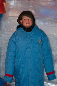 Christopher enjoying Gaylord National's ICE! (24 Dec 2009) (Image taken by Kathy T. Kane on 24 Dec 2009 with Canon EOS 20D at ISO 400, f4.0, 1/60 sec and 53mm)