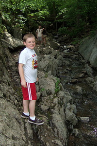 Christopher enjoying a stream in Great Falls Park (09 May 2009) (Image taken with FinePix F10 at ISO 200, f2.8, 1/350 sec and 8mm)