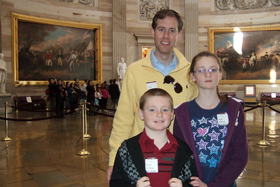 Chris Giacomazzi with Christopher and Sydney Kane in the U.S. Capitol (06 Mar 2010) (Image taken by Patrick R. Kane on 06 Mar 2010 with FinePix F10 at ISO 800, f2.8, 1/100 sec and 8mm)