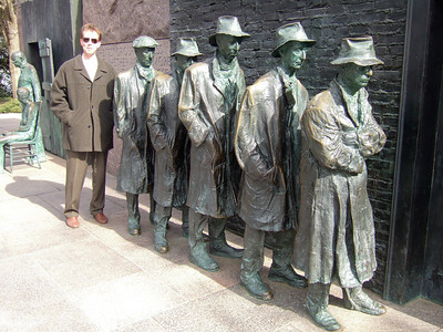 Chris Giacomazzi at the Franklin Delano Roosevelt Memorial (05 Mar 2010) (Image taken by Patrick R. Kane on 05 Mar 2010 with FinePix F10 at ISO 200, f4.0, 1/320 sec and 8mm)