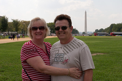Gale and Ivan Milic on the National Mall (Image taken by Patrick R. Kane on 28 Aug 2010 with Canon EOS 20D at ISO 200, f13.0, 1/400 sec and 33mm)