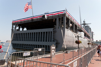 USS Whidbey Island (LSD 41) in Baltimore's Inner Harbor (Image taken by Patrick R. Kane on 29 Aug 2010 with Canon EOS 20D at ISO 200, f9.0, 1/320 sec and 17mm)