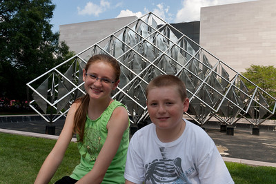Sydney and Christopher outside the National Air and Space Museum. (Image taken by Patrick R. Kane on 28 Aug 2010 with Canon EOS 20D at ISO 200, f10.0, 1/320 sec and 19mm)
