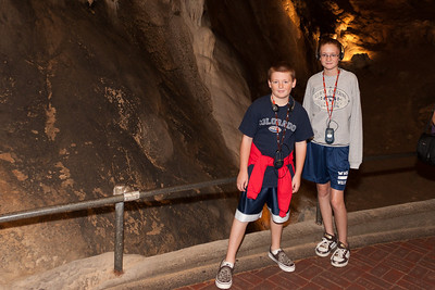 Christopher and Sydney enjoying Luray Caverns. There's a pretty good audio tour that's included with your cave admission. (Image taken by Patrick R. Kane on 15 Aug 2010 with Canon EOS 20D at ISO 200, f2.8, 1/60 sec and 15mm)