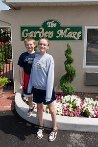 Christopher and Sydney getting ready to try the Garden Maze at Luray Caverns (Image taken by Patrick R. Kane on 15 Aug 2010 with Canon EOS 20D at ISO 200, f10.0, 1/400 sec and 15mm)