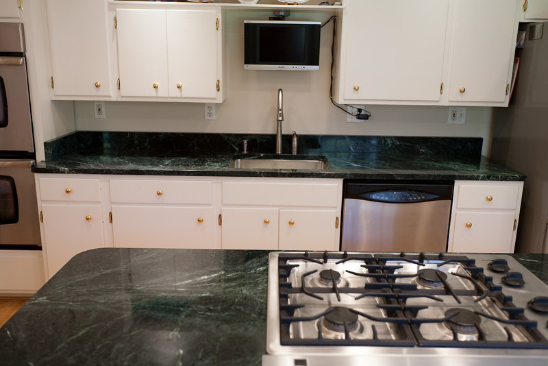 Beau We Replaced The Blue Formica Countertops With Vermont Verde Antique, A Dark  Green Serpentine Stone