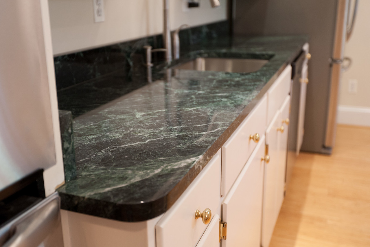 High Quality We Replaced The Blue Formica Countertops With Vermont Verde Antique, A Dark  Green Serpentine Stone