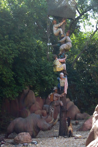 The Jungle Cruise at Disney's Magic Kingdom (Image taken by Kathy L. Kane on 27 May 2012 with Canon PowerShot ELPH 100 HS at ISO 0, f4.5, 1/125 sec and 12.8mm)