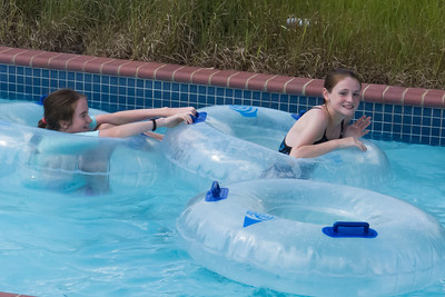 Addie and Sydney in the lazy river at Great Waves Waterpark (28 Aug 2012)