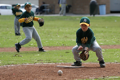 #05 Christopher Kane fielding the ball. Athletics vs. Astros, 2006 North Side Little League Baseball, Tee Ball Division