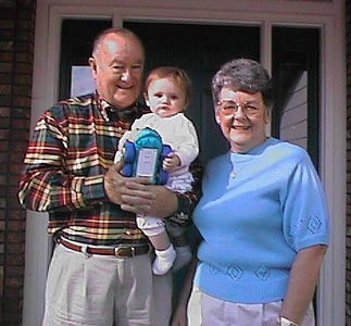 Sydney Jean Kane with grandparents, Grady and Mary Clare Kane. Kathy and Sydney got a week visit with Grandma & Grandpa and John & Tracy. Though Pat had to keep working in Washington DC, he did catch up with them in Los Angeles on Sat 26 Sep. Boy did he miss his two girls! (19 - 26 Sep 1998)