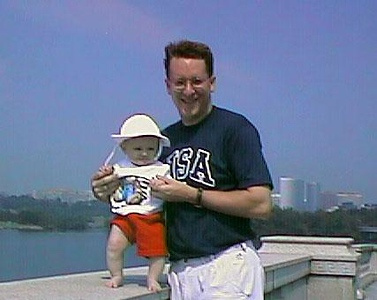 Pat and Sydney on Potomac Parkway enjoying the view (at least until they made us turn around to get this picture).