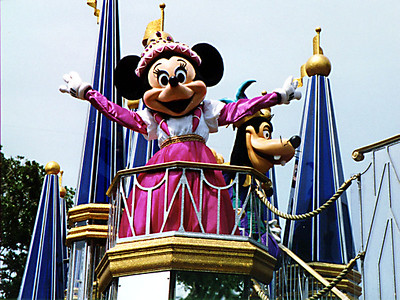 Minnie Mouse in the parade at Walt Disney World.