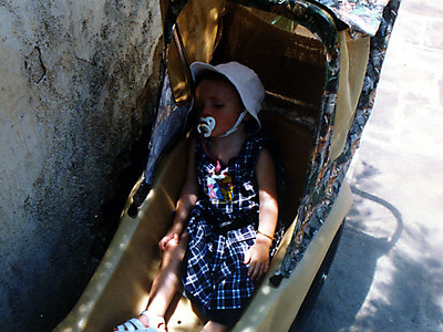 It's really hot and poor Sydney is just worn out during her visit to the magical kingdom of Walt Disney World.