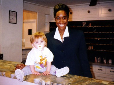 Sydney Jean Kane with Shereen at the front desk of the Kennedy-Warren.