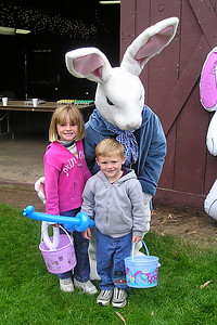 Sydney and Christopher Kane with the Easter Bunny at the Los Osos Easter Egg hunt.