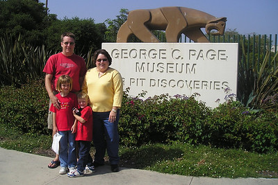 Pat, Sydney and Christopher Kane with Aunt KK outside of La Brea Tar Pits.