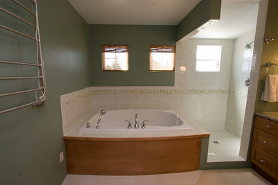 Recently renovated master bathroom with marble countertop and Italian tilework (the glass shower enclosure was installed after this picture was taken). 2611 Woodside Place, Oxnard CA. (Image taken with Canon EOS 20D at ISO 400, f11.0, 1/15 sec and 10mm)