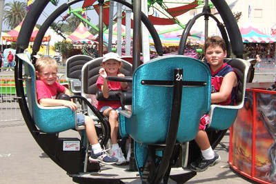 Christopher, Sydney and Zandler got the unlimited ride bracelet, so they're going to have a lot of fun at the 2005 Ventura County Fair.