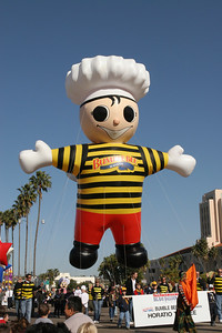 A 30-foot tall balloon of the famous Bumble Bee mascot, Horatio--a replica of the balloon featured in Bumble Bee's popular 1970s television commercial, which can be viewed at www.bumblebee.com. Bumble Bee Foods is headquartered in San Diego and is the leading North American provider of premium shelf-stable protein products. 2006 Port of San Diego Big Bay Balloon Parade