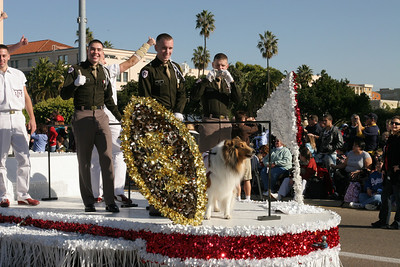 Texas A&M Corps of Cadet members with Reveille, the official mascot of Texas A&M University, in the 2006 Port of San Diego Big Bay Balloon Parade.