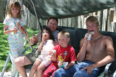 Ryan's Graduation 2006 - Kid's kickin' it on Sunday after Grad Day