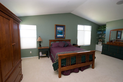 Spacious master bedroom with vaulted ceilings. 2611 Woodside Place, Oxnard CA. (Image taken with Canon EOS 20D at ISO 400, f11.0, 1/13 sec and 10mm)