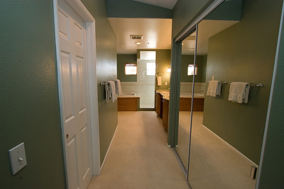 Master bathroom, walk-in closet and mirrored wardrobe. 2611 Woodside Place, Oxnard CA. (Image taken with Canon EOS 20D at ISO 400, f11.0, 1/13 sec and 10mm)