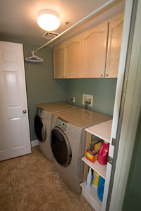 Laundry room, which is located off of the kitchen. 2611 Woodside Place, Oxnard CA. (Image taken with Canon EOS 20D at ISO 400, f11.0, 1/8 sec and 12mm)