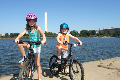 The Kane family enjoyed a bicycle ride from Theodore Roosevelt Island into Washington DC and through the monuments. (Image taken with FinePix F10 at ISO 200, f6.4, 1/640 sec and 8mm)