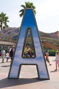 Disneyland and California Adventure (Image taken with Canon EOS 20D at ISO 800, f14.0, 1/500 sec and 23mm)