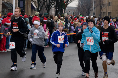 Sydney has been participating twice a week in a before-school program called Girls on the Run. The fall season finished with a 5K run during the 2nd Annual Girls on the Run Reindeer Romp. (Image taken with Canon EOS 20D at ISO 800, f8.0, 1/250 sec and 70mm)