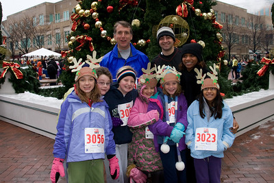 Sydney has been participating twice a week in a before-school program called Girls on the Run. The fall season finished with a 5K run during the 2nd Annual Girls on the Run Reindeer Romp. (Image taken with Canon EOS 20D at ISO 800, f7.1, 1/80 sec and 21mm)