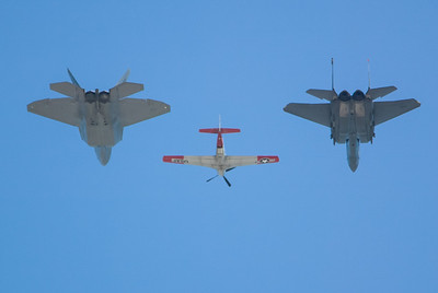P-51, F-22 and F-15E Eagle. 2007 Point Mugu Air Show (Image taken with Canon EOS-1D at ISO 200, f4.0, 1/3200 sec and 270mm)
