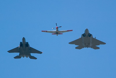 P-51, F-22 and F-15E Eagle. 2007 Point Mugu Air Show (Image taken with Canon EOS-1D at ISO 200, f4.0, 1/4000 sec and 280mm)