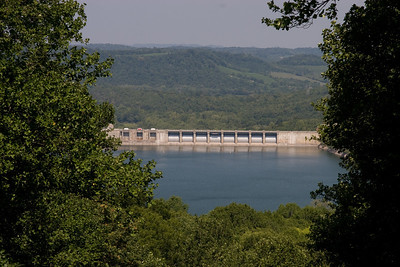 The Center Hill Dam at the beautiful Edgar Evins State Park, which is located about an hour east of Nashville, Tennessee. (Image taken with Canon EOS 20D at ISO 200, f11.0, 1/400 sec and 70mm)