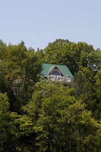 Alan Jackson's lakeside retreat on Center Hill Lake, which is located about an hour east of Nashville, Tennessee. (Image taken with Canon EOS 20D at ISO 200, f11.0, 1/250 sec and 70mm)