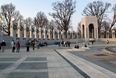 The National World War II Memorial commemorates the sacrifice and celebrates the victory of the of the WWII generation. Friedrich St.Florian's winning design balances classical and modernist styles of architecture, harmonizes with its natural and cultural surroundings, and connects the legacy of the American Revolution and the American Civil War with great crusade to rid the world of fascism.