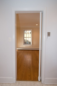 Doorway from kitchen to the dining room. 4357 26th Street N, Arlington VA (Image taken with Canon EOS 20D at ISO 200, f5.0, 1/60 sec and 10mm)