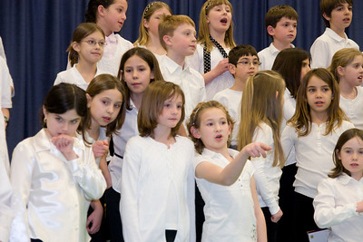 Taylor Elementary School 4th Grade Chorus (28 Feb 2008) (Image taken with Canon EOS 20D at ISO 800, f4.5, 1/60 sec and 57mm)