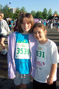 Sydney has been participating twice a week in a before-school program called Girls on the Run. The spring season finished with a 5K run, the Girls on the Run Daisy Dash at Fair Oaks Mall, which she ran with Pat. (Image taken with FinePix F10 at ISO 200, f5.6, 1/480 sec and 8mm)