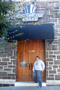 Charm City Cakes was on Laurie's must-do list during a visit to Baltimore (19 Oct 2008) (Image taken with FinePix F10 at ISO 200, f2.8, 1/120 sec and 8mm)
