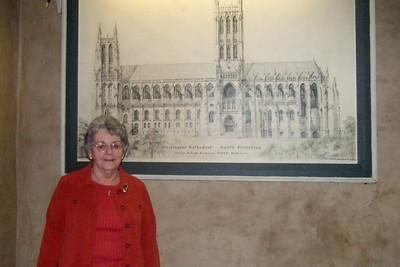 While Dad stayed at the house to enjoy some peace and quiet, Pat took his mother, Mary Clare, to the Washington National Cathedral for a tour. (Image taken with FinePix F10 at ISO 800, f2.8, 1/100 sec and 8mm)